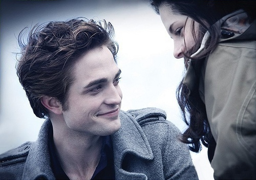 rob and kris aka. edward and bella
