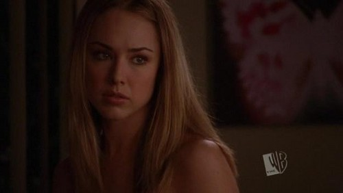 Lindsey McKeon wallpaper with a portrait entitled 2.13-The hero dies in this one