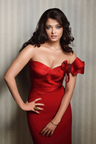 Aishwarya Rai wallpaper possibly with a dinner dress and a cocktail dress titled Aish<33