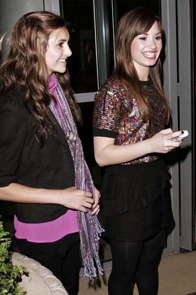 Alyson Stoner and Demi Lovato - Celebs Photo (6715652 ...