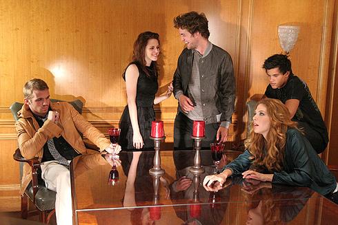 Cam, Robert, Kristen, Taylor, Rachelle