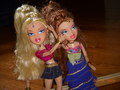 Cloe and Meygan Summer 09 - bratz wallpaper