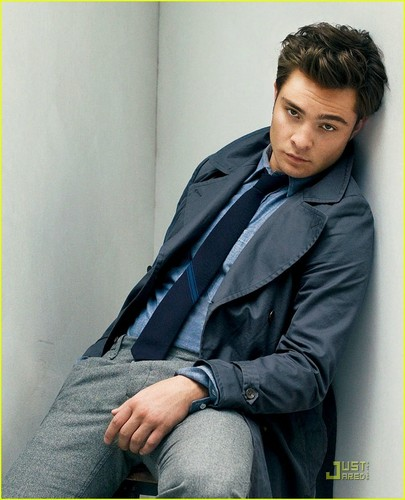 Gossip Girl karatasi la kupamba ukuta titled Ed Westwick Previews GQ Fall Fashion