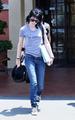 Kristen Stewart and Joan Jett - twilight-series photo