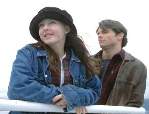 Lindsay Clarke in Disturbing Behavior