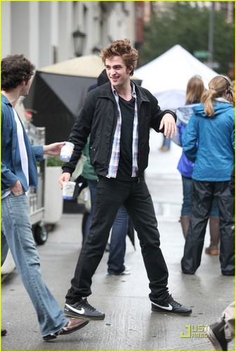 "Rob on the set of ""Remember Me"""