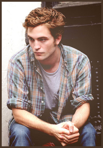 Robert Pattinson Picspam
