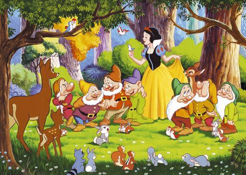 Snow White karatasi la kupamba ukuta probably containing anime titled Snow White