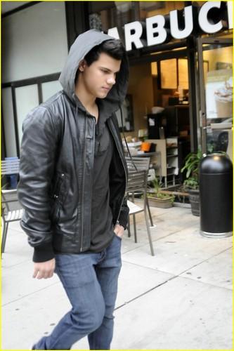 Taylor Lautner tours Toronto