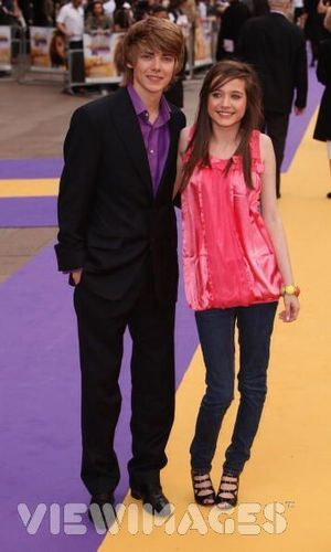 Tom and Maddie at the Hannah Montana Premiere