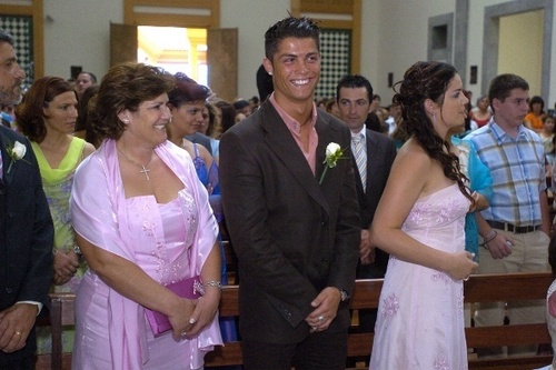 c.ronaldo with his family