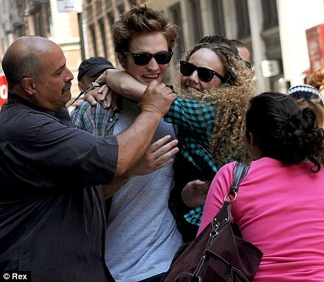 crazyfan hugs rob