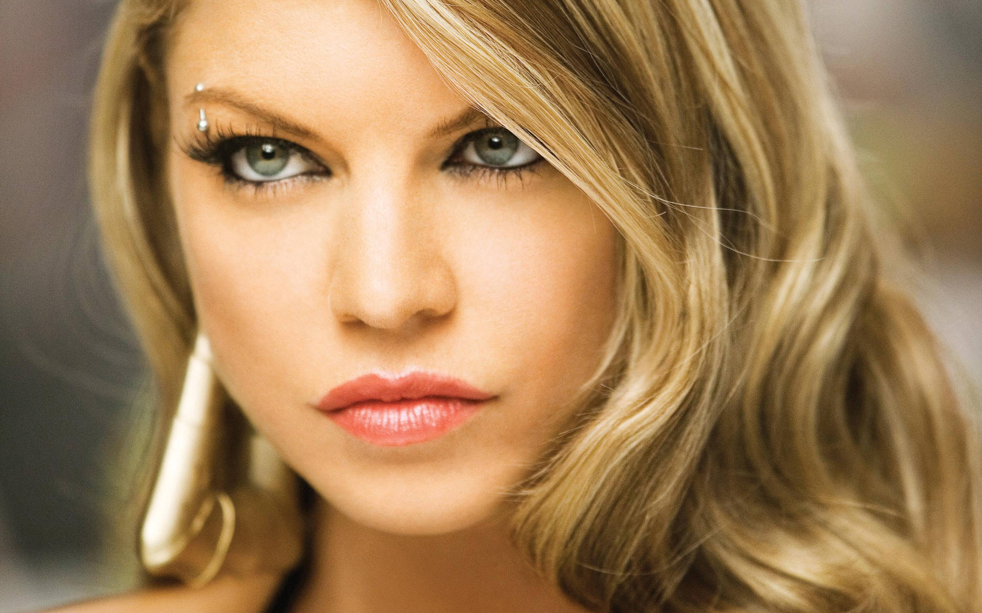 mz . sassi - Fergie Photo (6747795) - Fanpop - Page 5