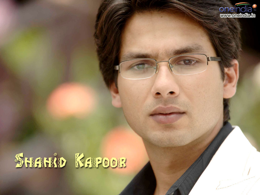 Shahid Kapoor Images Shahid Kapoor Hd Wallpaper And Background