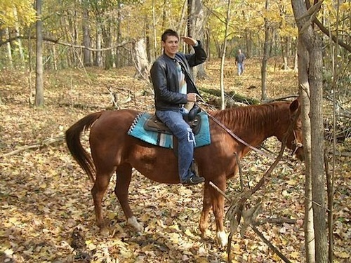Alex Meraz(paul in new moon) horseback riding