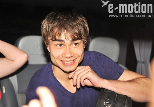 Alex...!!!^_^