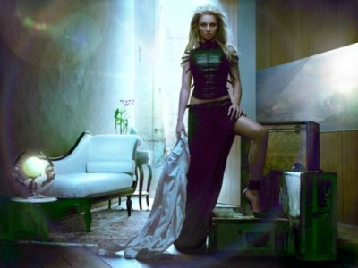 Britney Spears fond d'écran possibly with a living room, a window seat, and a drawing room titled Britney 2004