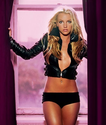 britney spears fondo de pantalla probably with a bikini, a swimsuit, and attractiveness titled Britney 2004