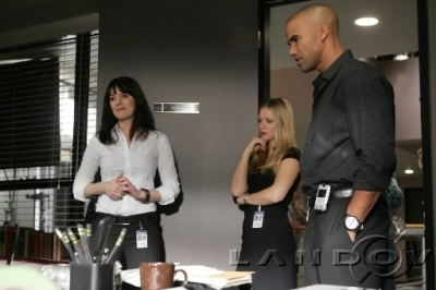 Emily/Paget-Behind the scenes