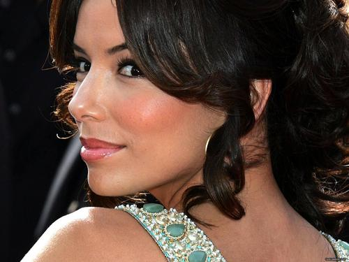 Eva Longoria wallpaper probably containing a portrait called Eva