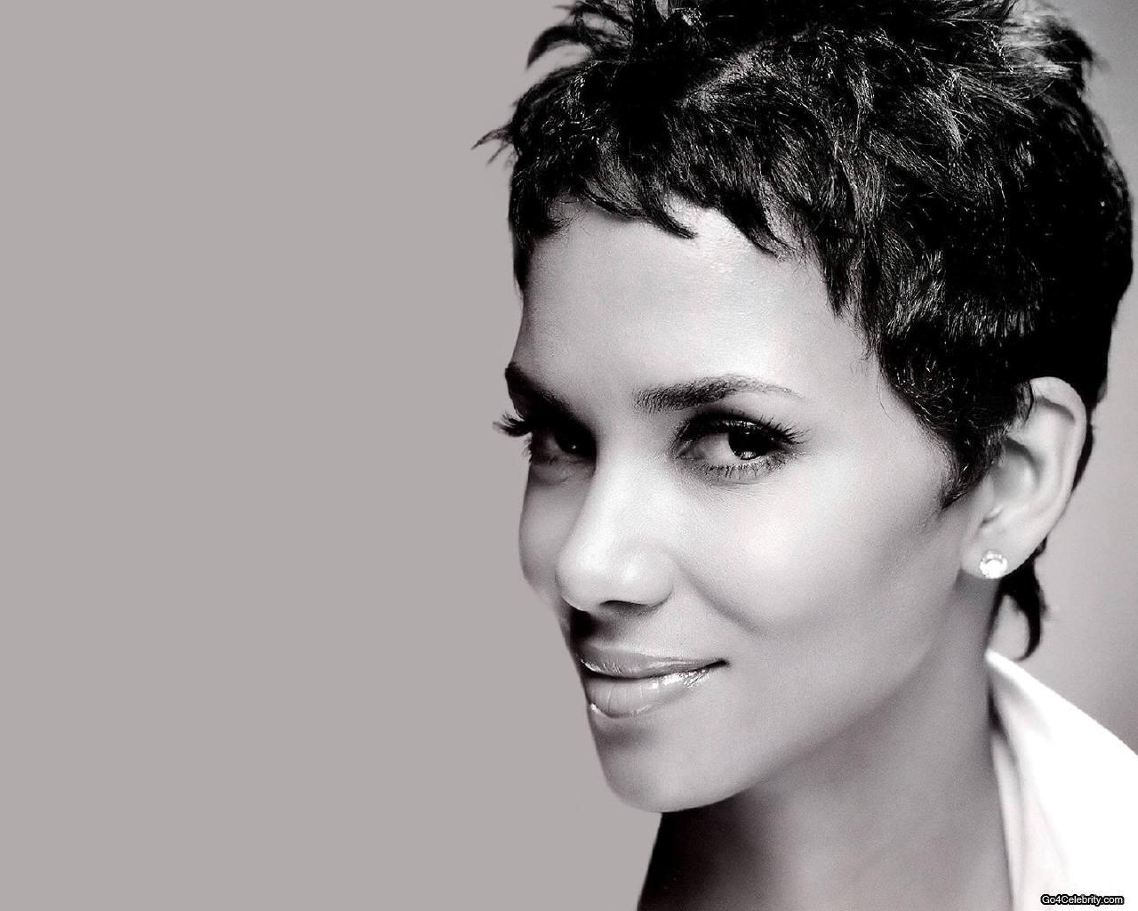 Halle - Halle Berry Wallpaper (6834220) - Fanpop