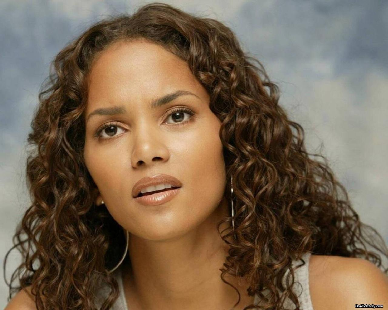 Halle Berry images Halle HD wallpaper and background photos (6834229) Halle Berry