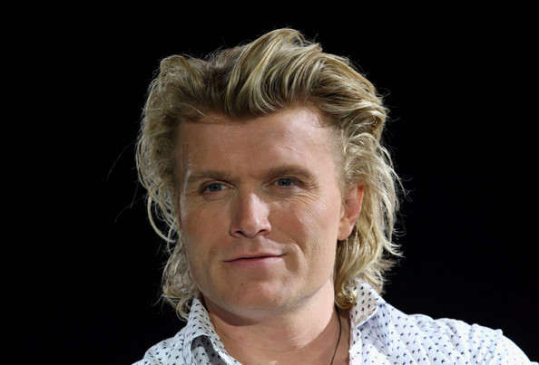 Hans Klok earned a  million dollar salary - leaving the net worth at 10 million in 2018