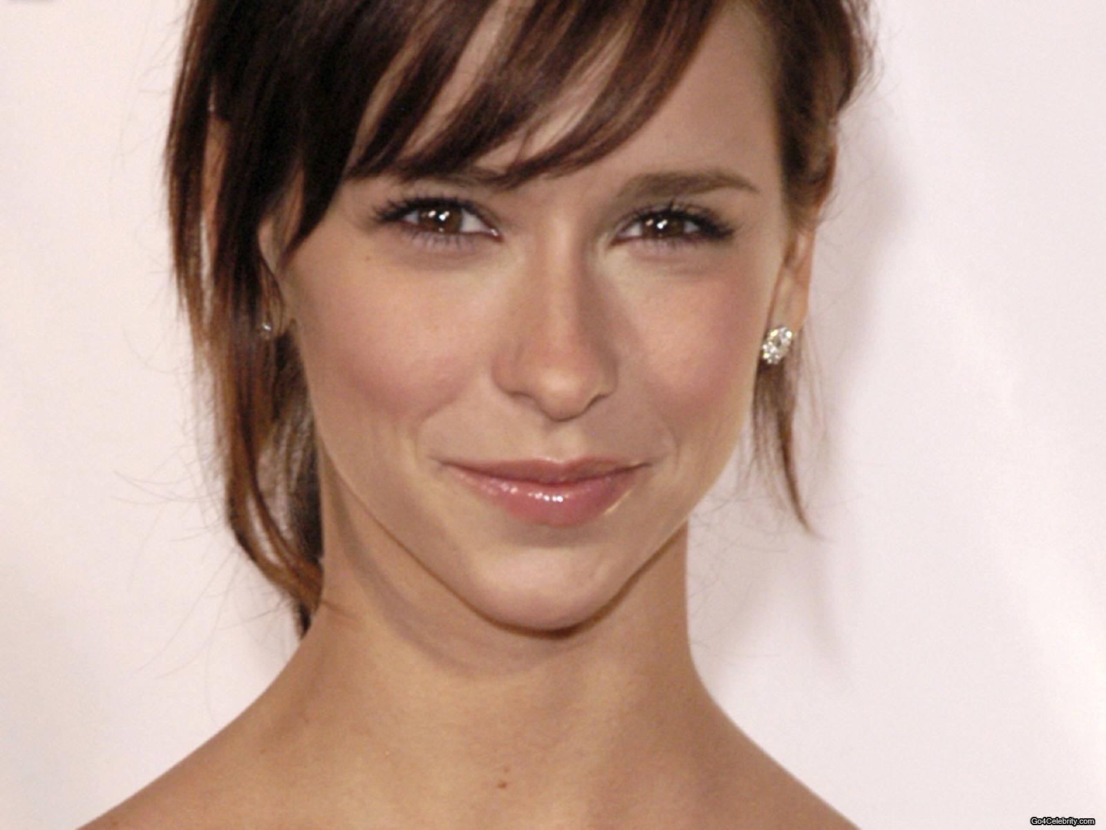 jennifer love hewitt how do i deal