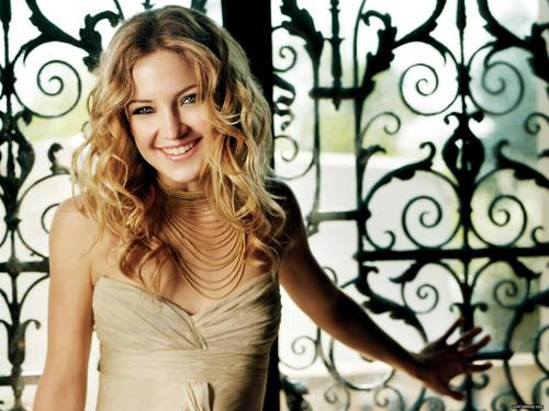 Kate Hudson wallpaper probably containing a cocktail dress, a dinner dress, and a strapless titled Kate