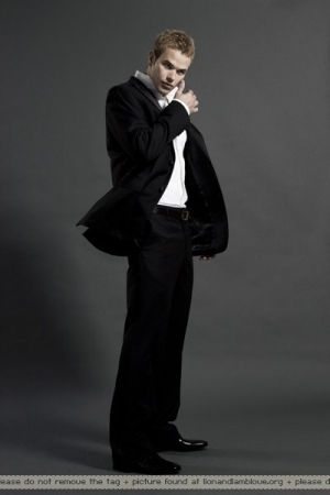 Kellan Lutz - Twilight guys <3