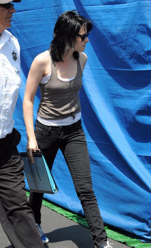 Kristen on set of The Runaways
