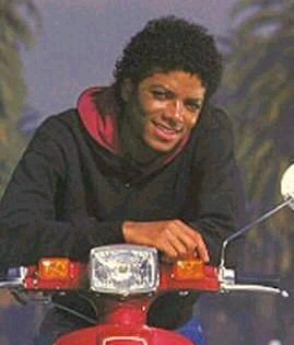 MJ<333