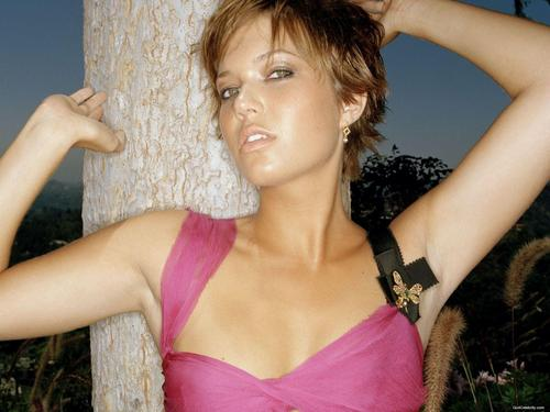 mandy moore fondo de pantalla possibly containing attractiveness entitled Mandy