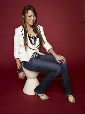 Miley Cyrus wallpaper containing bare legs and tights titled Miley !!