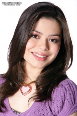 Miranda Cosgrove - icarly Photo