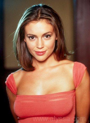 Phoebe Hal