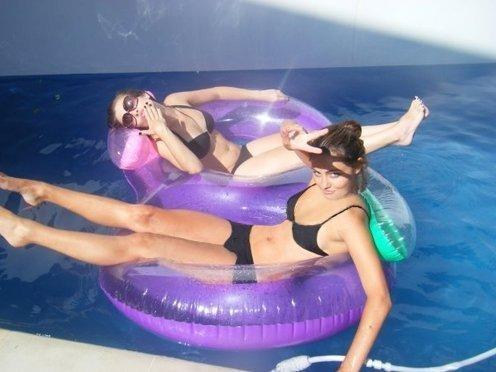 Phoebe Tonkin In Pool