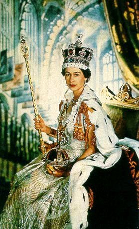 퀸 Elizabeth II at her Coronation