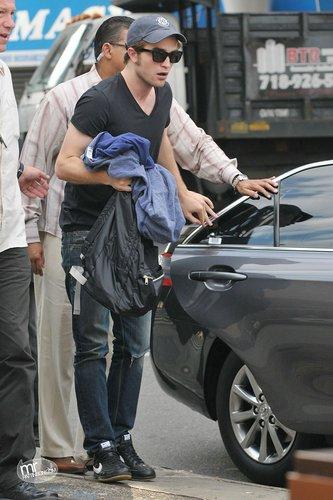 Rob Pattinson in a Plain Black T-Shirt!