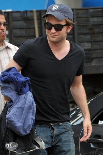 Rob Pattinson in a Plain Black T-Shirt!