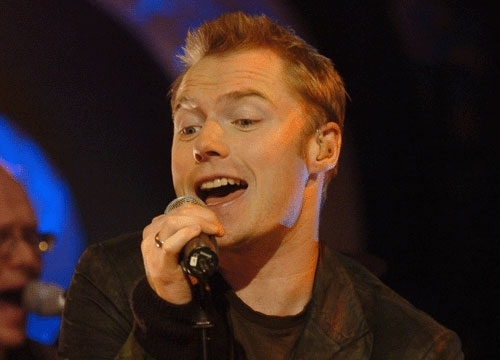 Ronan Keating wallpaper containing a concert entitled Ronan Keating