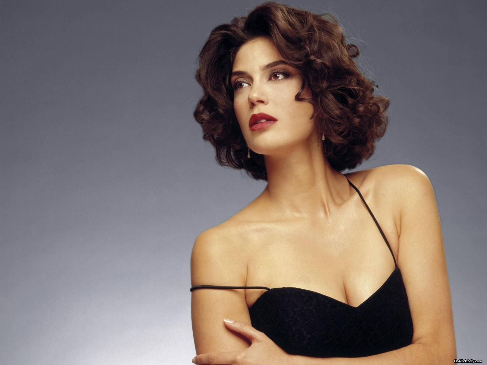 image Teri hatcher in the cool surface