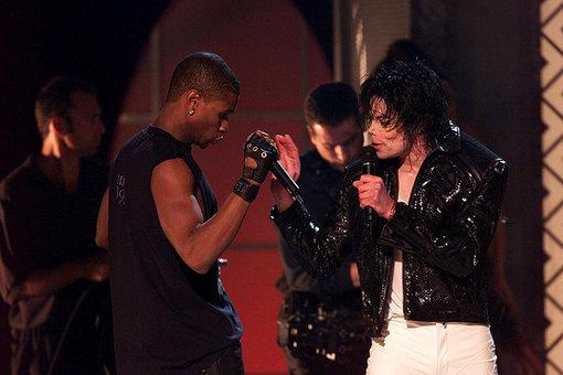 어셔 and Michael Jackson >333