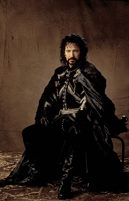 Alan Rickman as The Sheriff Of Nottingham  Alan Rickman  ~ Costume Robin Des Bois