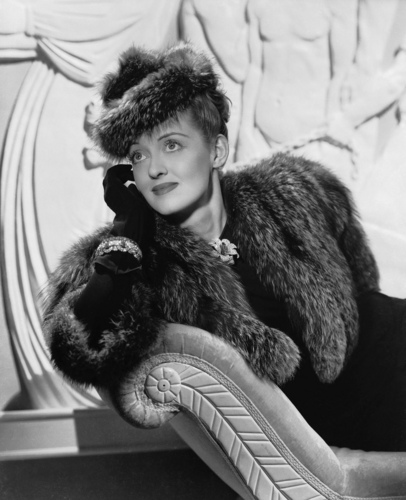 Classic Movies wallpaper containing a fur coat called Bette Davis