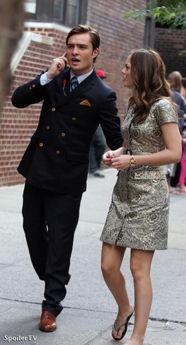 Chuck & Blair set pictures