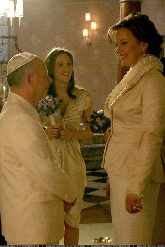 Cyrus Rose- 2x13 promo stills