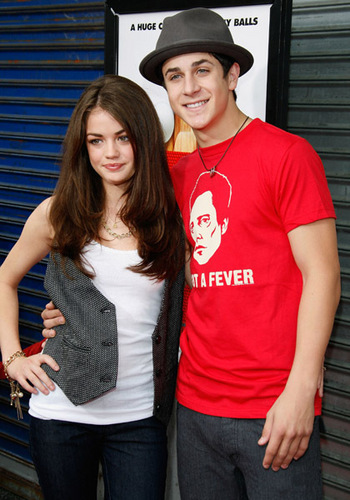 David Henrie And Lucy Hale Prom