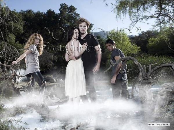 http://images2.fanpop.com/images/photos/6900000/Entertainment-Weekly-Outtakes-twilight-series-6976959-600-450.jpg