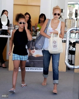 Jessica in Beverly Hills